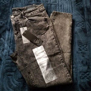 1822 Denim Ankle Skinny Jeans